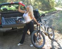 bike_girl2.jpg