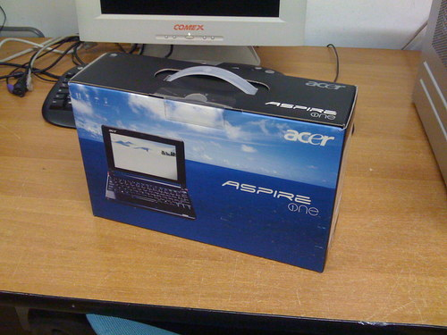 acer_aspire_one_in_scatola.jpg